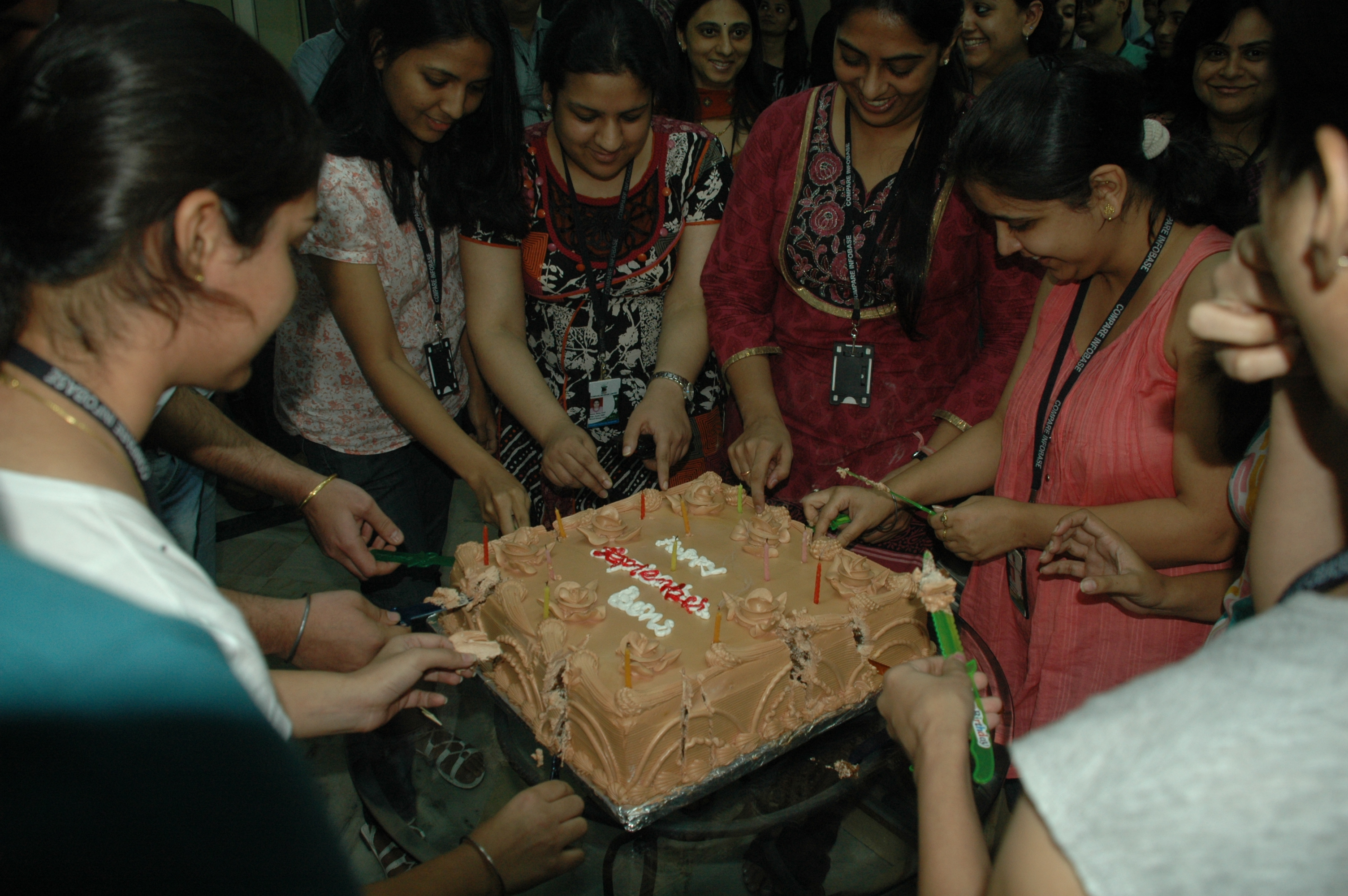 Birthday Cakes With Name Vikas ~ Birthday cake pics for hubby dmost for